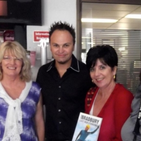 Umoja Team with Steven Bradbury